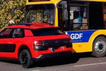 ДТП між Citroen та тролейбусом на перехресті Грушевського та Гоголя